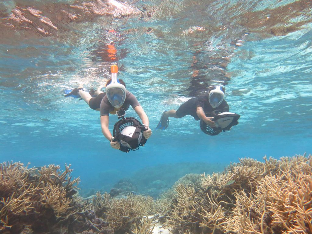 Aruba offers snorkelling tours with underwater scooters! This is the easiest and safest way to discover the underwater world