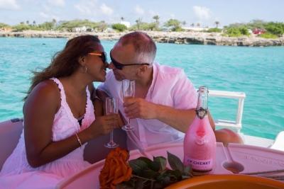 Private romantic boat tour Aruba