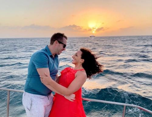 7 BASIC REASONS WHY WE LOVE OCTOPUS ARUBA'S SUNSET SAIL (written by Lisa Kulpa)